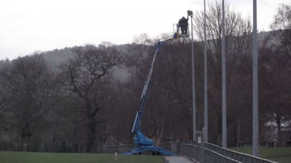 2Changing Bulbs in Town park 2014 -800