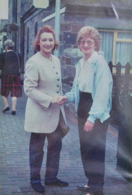 Eurovision 1993 - Niamh Kavanagh and Pauline Lyons - at Millstreet Railway Station