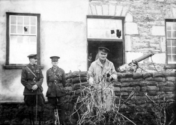 1921 Two-British-officers-surnamed-Lawson-and-Adams-with-Brigadier-General-H.-R.-Cumming-in-Kenmare-County-Kerry-shortly-before-their deaths at the hands of the IRA