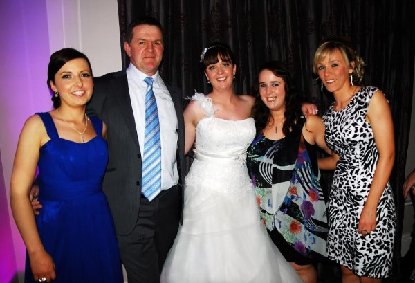 2014-03-15 Louise O Connell with some of her former Millstreet Camogie team mates, at her wedding last weekend