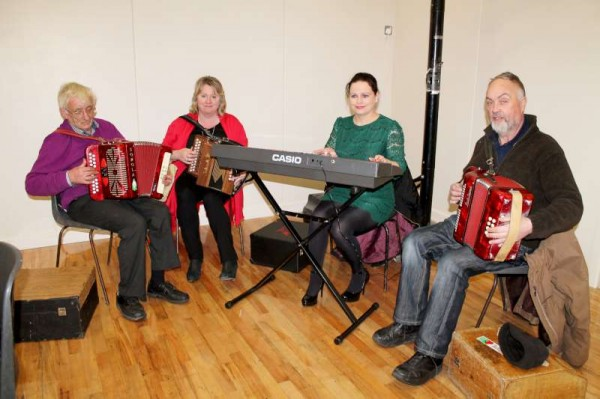The wonderfully talented and very loyal Musicians who have been performing  for the participants over the past ten weeks.