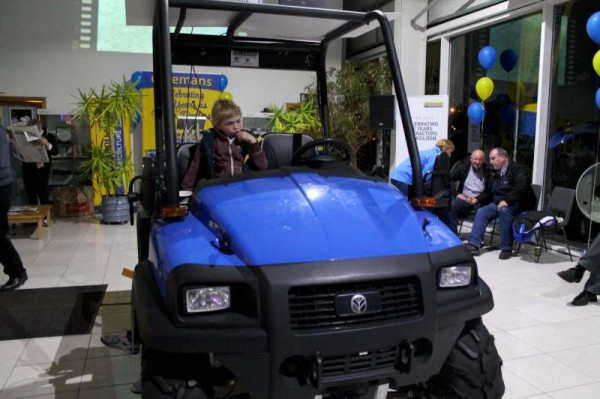 106Celebrating Coleman's 60th Anniversary as Ford New Holland Dealers-800