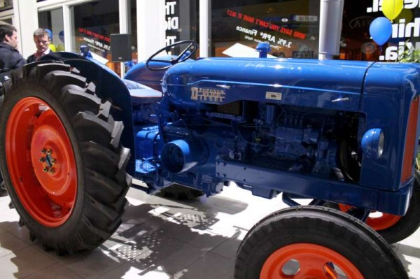 127Celebrating Coleman's 60th Anniversary as Ford New Holland Dealers-800