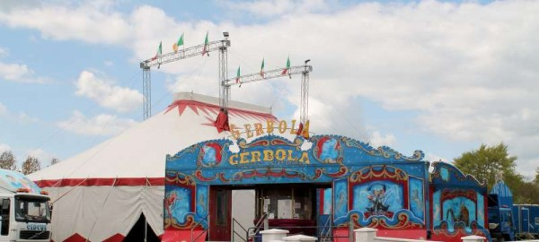 1Circus Gerbola at Station Road Millstreet 2014 -800