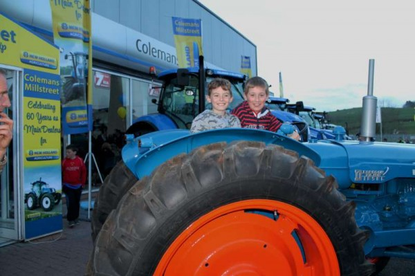 54Celebrating Coleman's 60th Anniversary as Ford New Holland Dealers-800