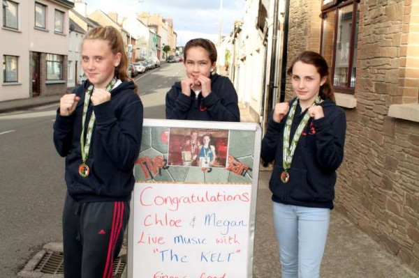 Chloe Barrett, Linda Desmond and Megan Lehane all participated in the highly prestigious Amateur Boxing All-Ireland Championships in Dublin.  A superb victory parade was held on Sunday evening followed by a celebratory social evening at Tarrant's Bridge Bar where Rylane Boxing Coach Dan Lane addressed the large gathering.   We shall share lots more images later.  (S.R.)