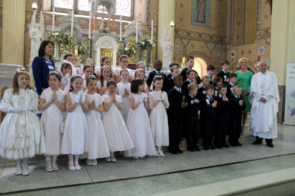 26Millstreet First Holy Communion 17th May 2014 -800