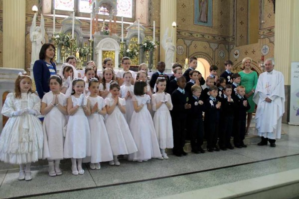 27Millstreet First Holy Communion 17th May 2014 -800