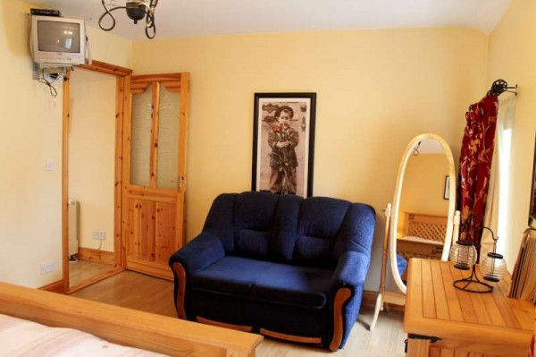 9Exquisite Town Apartment for Short-term Letting -800