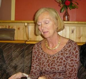 Patricia Kelly, Coomlogane