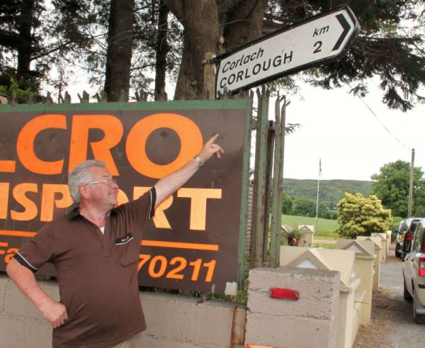 2Corlough in Cloghoula with Jim Broxton 2014 -800