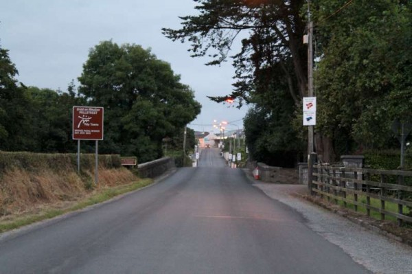 2Welcoming Signs on approach roads 2014 -800