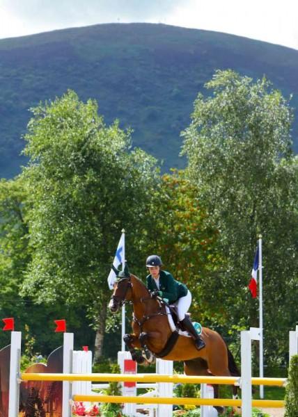 22Denis O'Regan's Superb Coverage of Juggling and Pony 2014 -800
