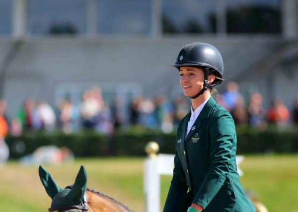 26Denis O'Regan's Superb Coverage of Juggling and Pony 2014 -800