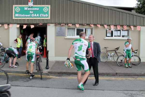 30Dave Riordan Charity Cycle Malin to Mizen 2014 -800