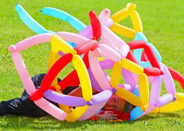 5Denis O'Regan's Superb Coverage of Juggling and Pony 2014 -800
