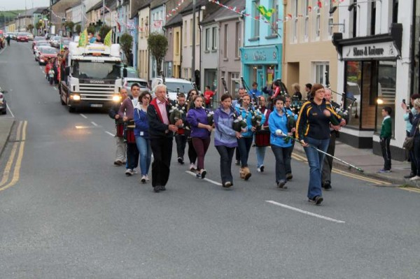 13Victory Parade for Millstreet Football Champions 2014 -800