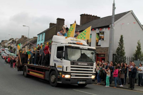 18Victory Parade for Millstreet Football Champions 2014 -800