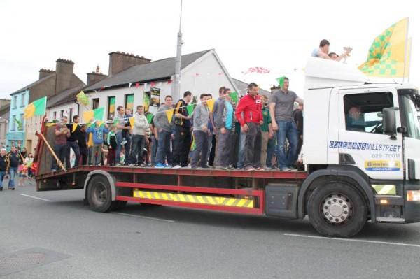 21Victory Parade for Millstreet Football Champions 2014 -800
