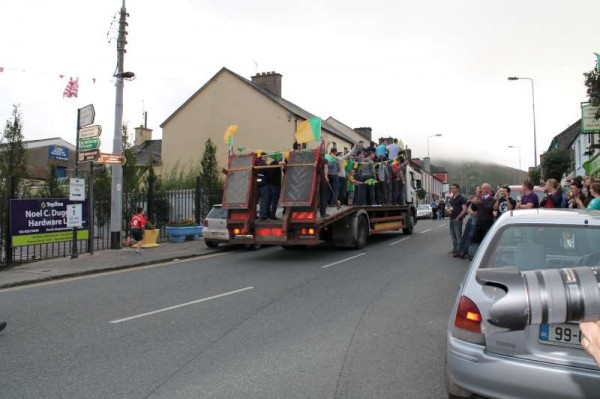 26Victory Parade for Millstreet Football Champions 2014 -800