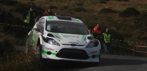 2014-10-04 Darragh O'Riordan in the Cork 20 near the top of Mullaghanish, photo by Kevin O'Driscoll