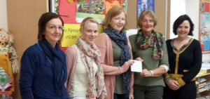 2014-10-16 Parents Association present Presentation NS Millstreet with €2000 raised earlier in the year-800