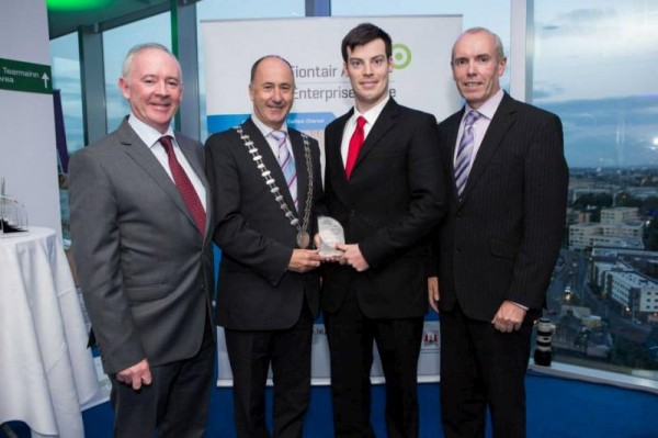 2014-10-20 Donagh Murphy, Ballydaly receives his award-800