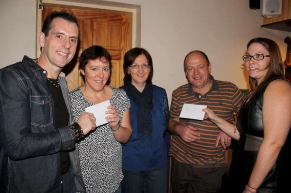 24Carriganima Presentation of Cheques to Millstreet & Macroom -800