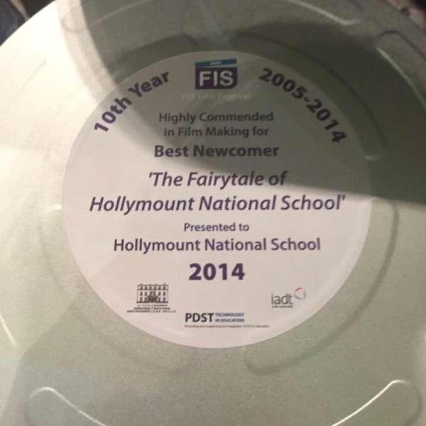 2014-11-06 Hollymount NS awarded at FÍS Awards