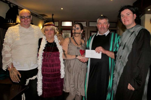 22Fancy Dress Party at Wallis Arms  25th Oct. 2014  -800