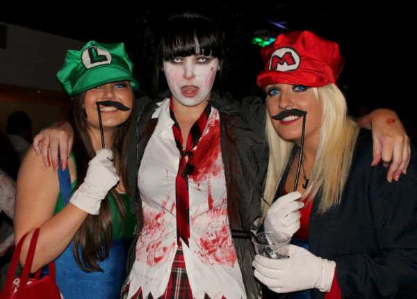 2Fancy Dress Party at Wallis Arms  25th Oct. 2014  -800