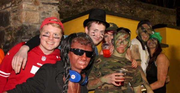 40Fancy Dress Party at Wallis Arms  25th Oct. 2014  -800