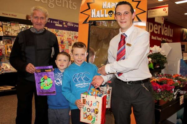 5Halloween 2014 Art Competition at O'Keeffe's Supervalu -800