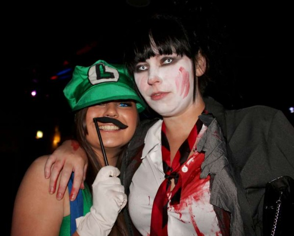 84Fancy Dress Party at Wallis Arms  25th Oct. 2014  -800