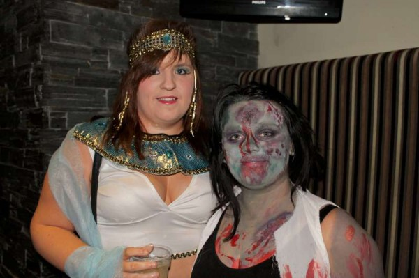 9Fancy Dress Party at Wallis Arms  25th Oct. 2014  -800