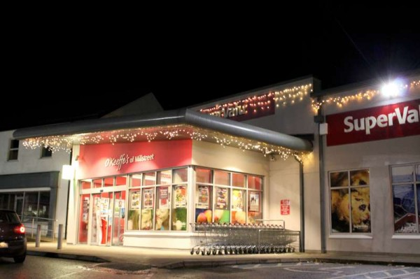 11Santa at Supervalu on Fri. 12th Dec 2014 -800