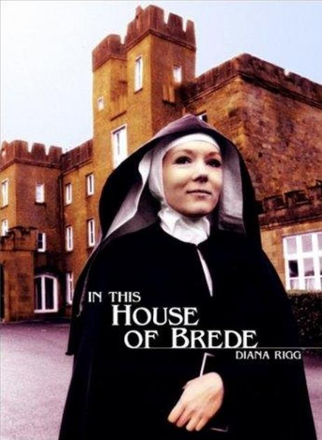 1975 In this House of Brede - Diana Rigg in front of Drishane 01