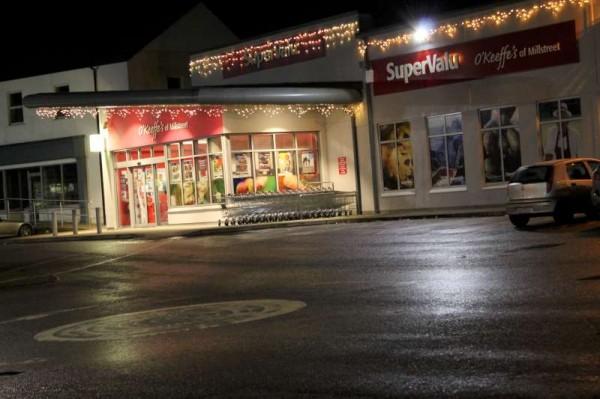 1Santa at Supervalu on Fri. 12th Dec 2014 -800
