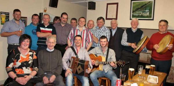 Pictured on Saturday, 29th November 2014 at Healy's Pub in Kilcorney at an LTV recording.   Click on the image to enlarge.  (S.R.)