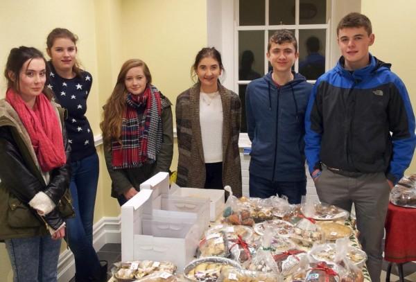 2014-12-20 IHCPT Lourdes cake sale