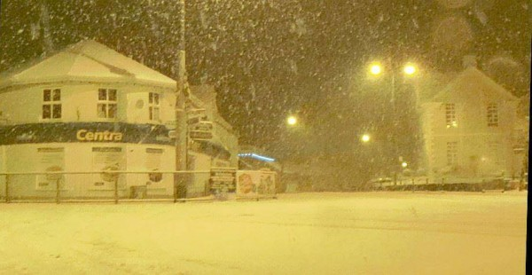 2015-01-14 Heavy Snow falls at the West End