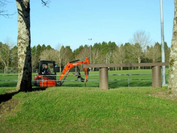 2New Outdoor Gym at Millstreet Town Park 2015 -800