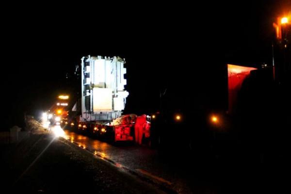 15Abnormal Load Makes Progress 27 Feb. 2015 -800