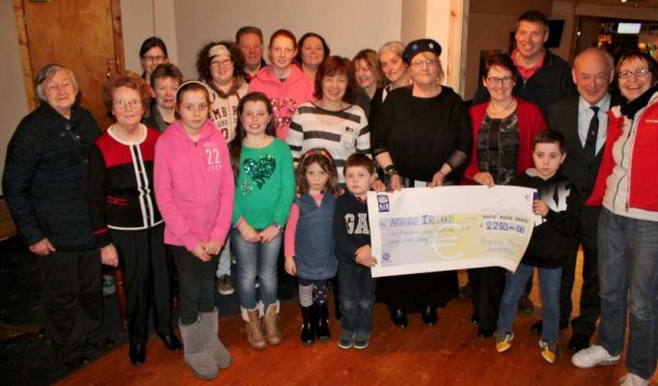9Presentation of Boeing Swim Cheque to Arthritis Ireland 2015 -800