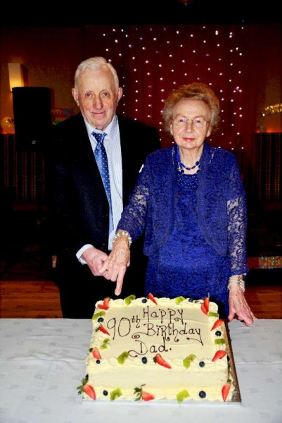 Mike Dineen's 90th birthday (1)-800
