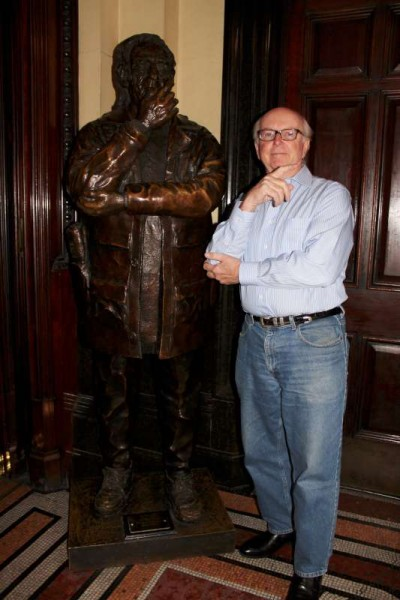 "Jack Buckley of Boston with Millstreet roots pictured beside the sculpture dedicated to the late Con Houlihan.   And (below) Jack doing family research with Rosaleen at Dame Street, Dublin in March.  Part one of our interview with Jack will be broadcast at 10pm in tonight's ""Radio Treasures"".  Click on the images to enlarge.  (S.R.)"