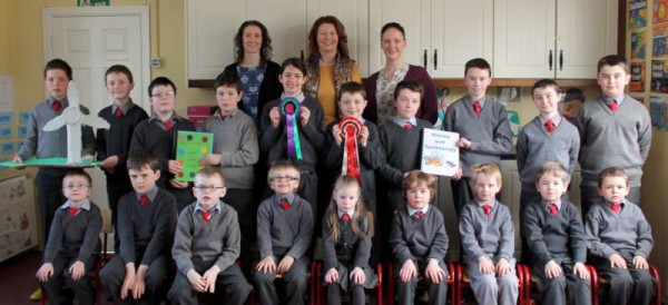 4Cloghoula N.S. receives Magnificent Award 2015 -800