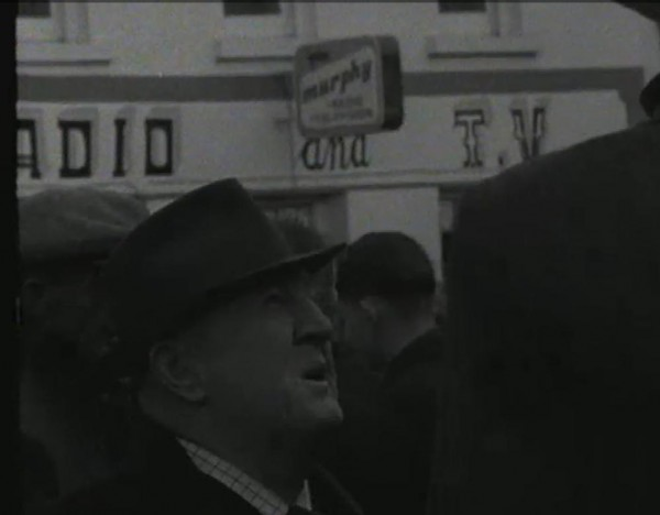 1965 March Horse Fair - an RTÉ Newsbeat report 15 - Murphy's Radio and TV