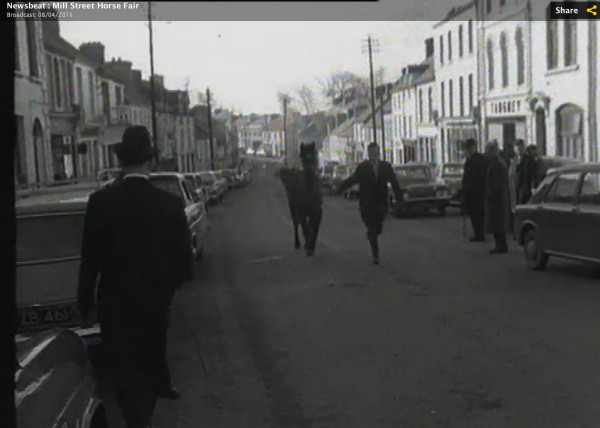 1965 March Horse Fair - an RTÉ Newsbeat report 17 - trotting a horse up Main Street