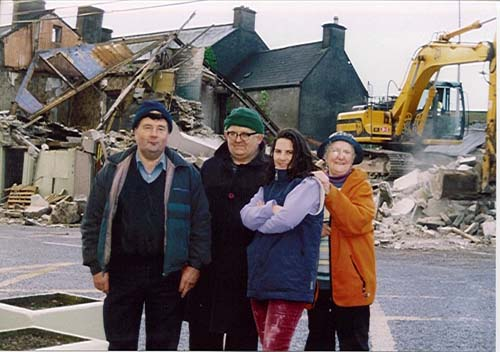 2003-06 Changes in the Square 3 - Michael Twohig, Tim O'Riordan, Clara Manley, Ursula Manley